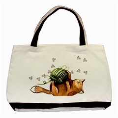 Lovely Cat Playing A Ball Of Wool Basic Tote Bag