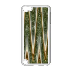 Green Brown Zigzag Apple iPod Touch 5 Case (White)