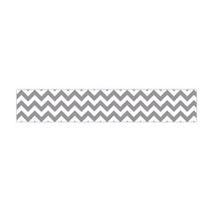 Medium Grey & White Zigzag Pattern Flano Scarf (mini)