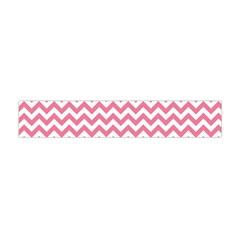 Soft Pink & White Zigzag Pattern Flano Scarf (Mini)