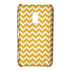 Sunny Yellow & White Zigzag Pattern Nokia Lumia 620 Hardshell Case