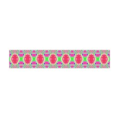 Pretty Pink Shapes Pattern Flano Scarf (Mini)