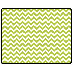 Spring Green & White Zigzag Pattern Double Sided Fleece Blanket (Medium)