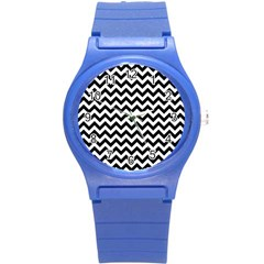 Black & White Zigzag Pattern Round Plastic Sport Watch (S)