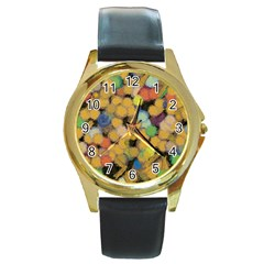 Paint brushes                                          Round Gold Metal Watch