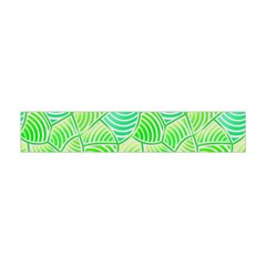 Green Glowing Flano Scarf (mini)