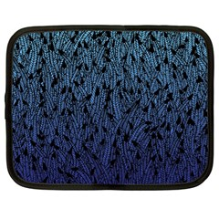 Blue Ombre feather pattern, black, Netbook Case (XL)