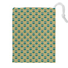 Small Teal Owls On Ecru Drawstring Pouches (XXL)