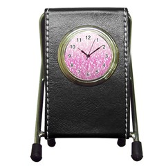 Pink Ombre feather pattern, white, Pen Holder Desk Clock
