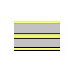 Yellow and gray lines Satin Wrap