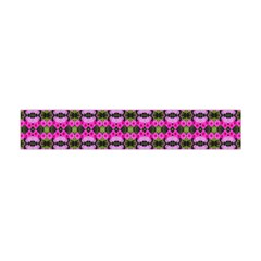 Pretty Pink Flower Pattern Flano Scarf (mini)