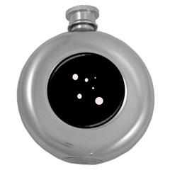 White dots Round Hip Flask (5 oz)