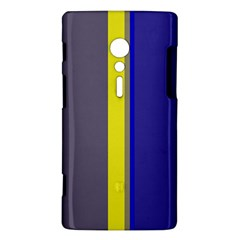 Blue and yellow lines Sony Xperia ion
