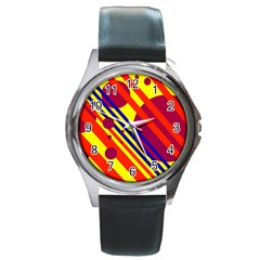 Hot circles and lines Round Metal Watch