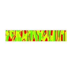 Green and red pattern Flano Scarf (Mini)