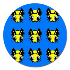 Yellow and blue firefies Magnet 5  (Round)