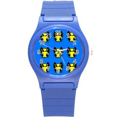 Yellow and blue firefies Round Plastic Sport Watch (S)