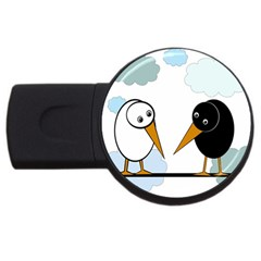 Black and white birds USB Flash Drive Round (1 GB)