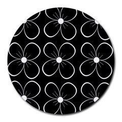 Black and white floral pattern Round Mousepads