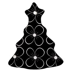 Black and white floral pattern Ornament (Christmas Tree)
