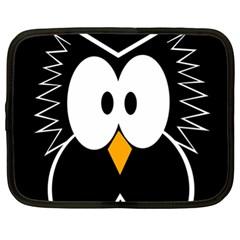 Black owl Netbook Case (XL)