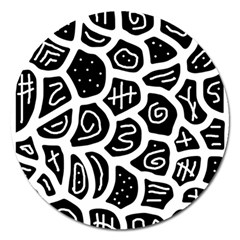 Black and white playful design Magnet 5  (Round)