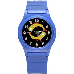 Yellow fishes Round Plastic Sport Watch (S)