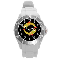 Yellow fishes Round Plastic Sport Watch (L)