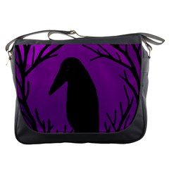 Halloween raven - purple Messenger Bags