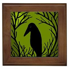 Halloween raven - green Framed Tiles