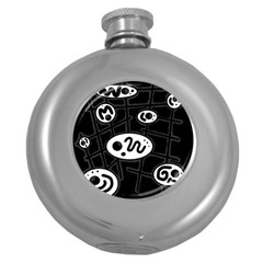 Black and white crazy abstraction  Round Hip Flask (5 oz)