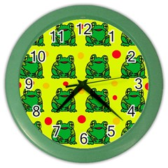 Green frogs Color Wall Clocks