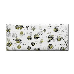 White and yellow soul Hand Towel