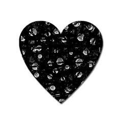 Black and gray soul Heart Magnet