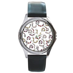 Cute worms Round Metal Watch