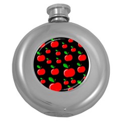 Red apples  Round Hip Flask (5 oz)