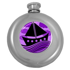 Boat - purple Round Hip Flask (5 oz)