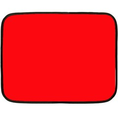 Red Colour Double Sided Fleece Blanket (Mini)