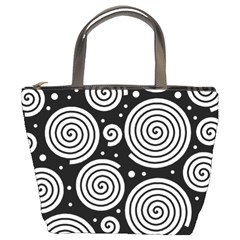 Black and white hypnoses Bucket Bags