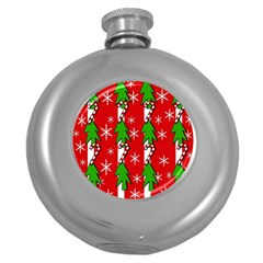 Christmas tree pattern - red Round Hip Flask (5 oz)
