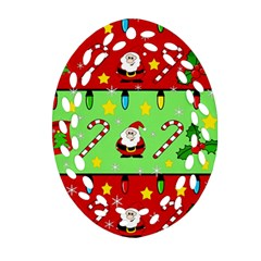 Christmas pattern - green and red Ornament (Oval Filigree)