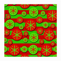 Snowflake red and green pattern Medium Glasses Cloth