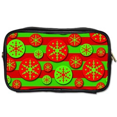 Snowflake red and green pattern Toiletries Bags