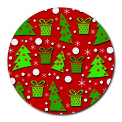 Christmas trees and gifts pattern Round Mousepads