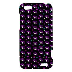 Purple dots pattern HTC One V Hardshell Case