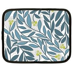 Blue floral design Netbook Case (XL)