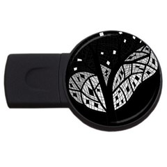 Black and white tree USB Flash Drive Round (2 GB)