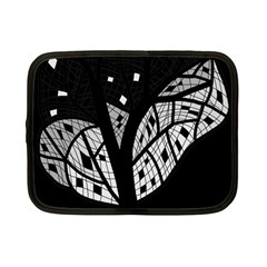 Black and white tree Netbook Case (Small)