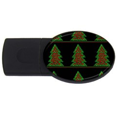 Christmas trees pattern USB Flash Drive Oval (4 GB)