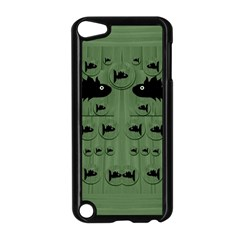 Pescado Fish Con Pasta And Baby Fishes Apple Ipod Touch 5 Case (black)